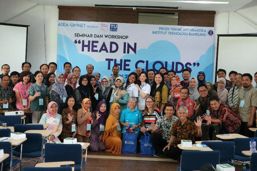 Head in the Clouds Seminar participants at ITB in Bandung